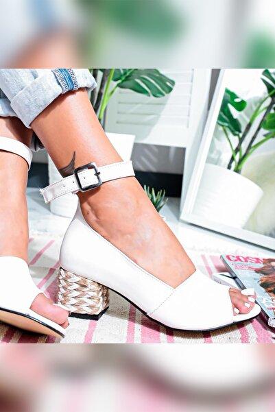 Limoya Kadın Lila Beyaz Hasır Alçak Topuklu Açık Burunlu Ayakkabı