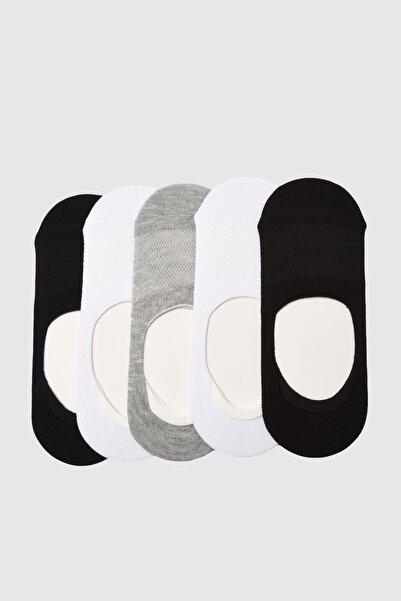 TRENDYOLMİLLA Siyah-Beyaz-Gri-Lacivert  5'li Örme Çorap TWOAW21CO0006