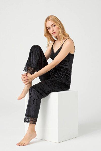 Cottonhill Kadın Siyah Dantel Detaylı Kadife Pijama Takımı