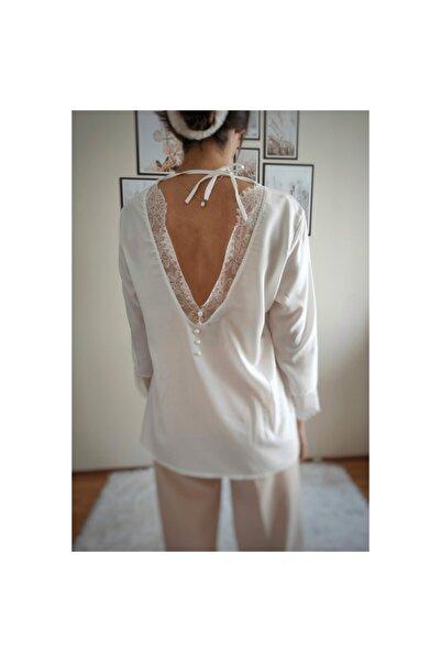 Zoom Kadın Beyaz Sırt Dantel Detaylı Bluz