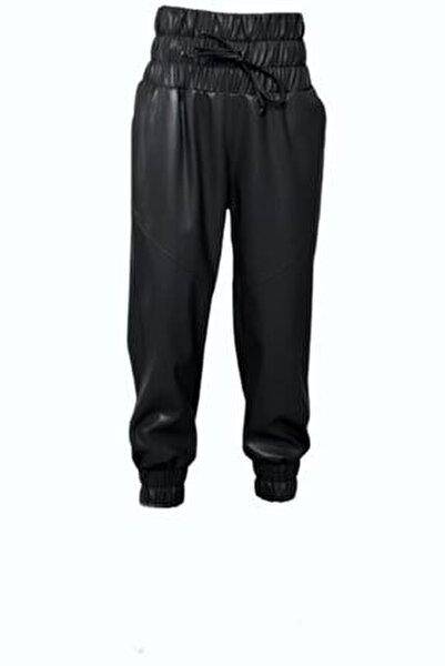 Kadın Siyah Kemer Lastik Detaylı Suni Deri Pantolon