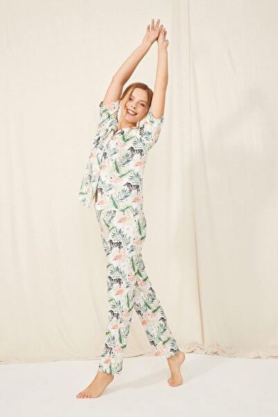 ENNA MODA Flamingo Tropik Tasarım Desen Önden Düğmeli Kısa Kol Üst Ve Uzun Alt Loungewear / Pijama Takımı
