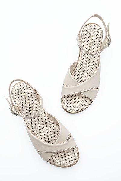 Marjin Kadın Hakiki Deri Dolgu Topuk Sandalet Arastobej