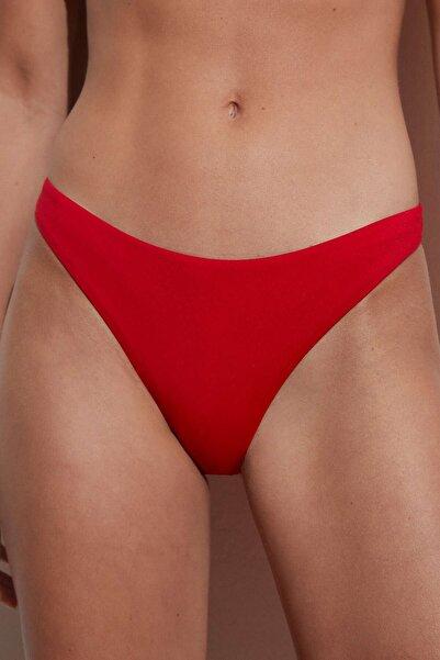 Oysho Brezilya Modeli Bikini Altı