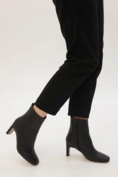 Afilli Siyah Cilt Kadın Buti Bot Ayakkabı Fermuarlı Ince Topuklu Önü Küt
