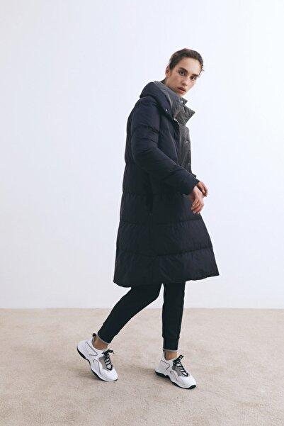 W Collection Siyah Şişme Mont