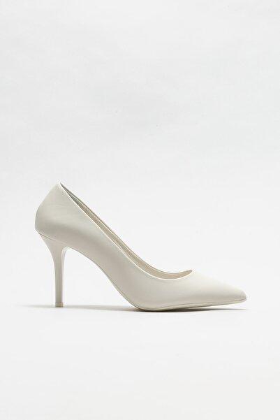Elle Shoes Bej Deri Kadın Stiletto