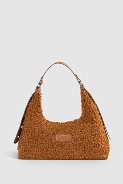 Housebags Kadın Taba Suni Kürklü Dokuma Baguette Çanta 205