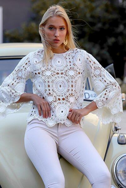 Chiccy Kadın Ekru Dev Ottoman Desenli Tığ İşi Görünümlü Bluz M10010200BL94850