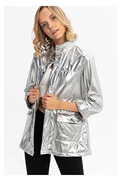 TIFFANY&TOMATO Kolu Katlamalı Önü Çıtçıtlı Cepli Rugan Ceket-gümüş