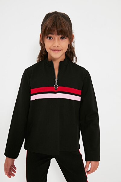 TRENDYOLKIDS Siyah Şerit Detaylı Kız Çocuk Örme T-Shirt TKDAW22TS0130