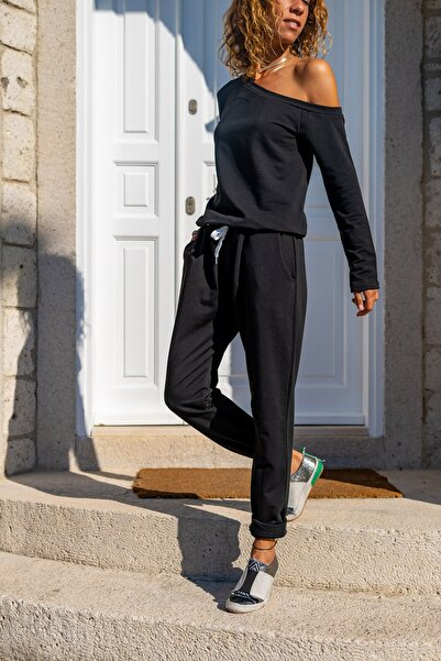 Güneşkızı Kadın Siyah Beli Bağlamalı Paçası Lastikli Cepli Omuz Dekolteli Eşofman Tulum GK-CCKLD351