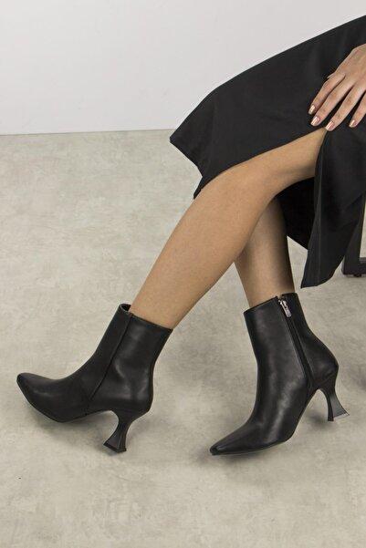 Gökhan Talay Kadın Siyah Damina Ince Topuklu Bot