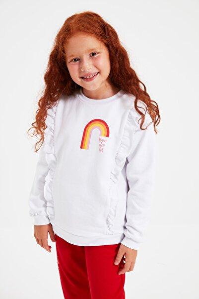 TRENDYOLKIDS Beyaz Fırfırlı Baskılı Kız Çocuk Örme Sweatshirt TKDAW22SW0610
