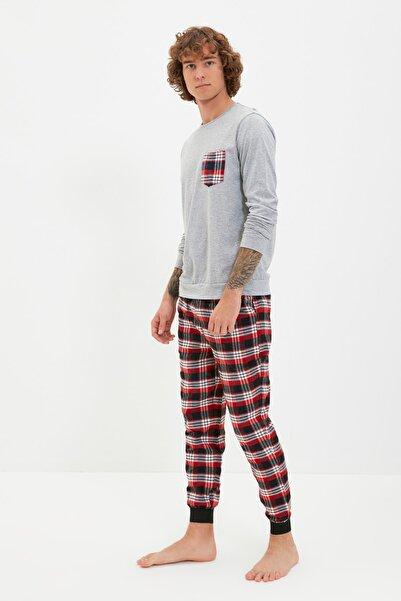 TRENDYOL MAN Kırmızı Baskılı Pijama Takımı THMAW21PT0358