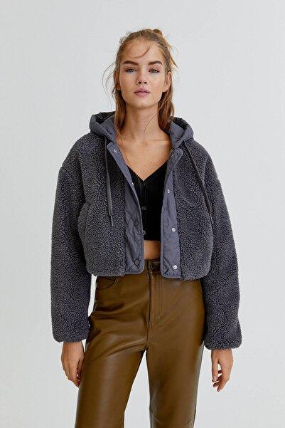 Pull & Bear Kapüşonlu Suni Yünlü Ceket