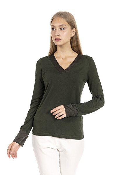 GİA&CI Kadın Koyu Yeşil Renk Saten Parlak Yaka Detaylı Uzun Kollu T-shirt