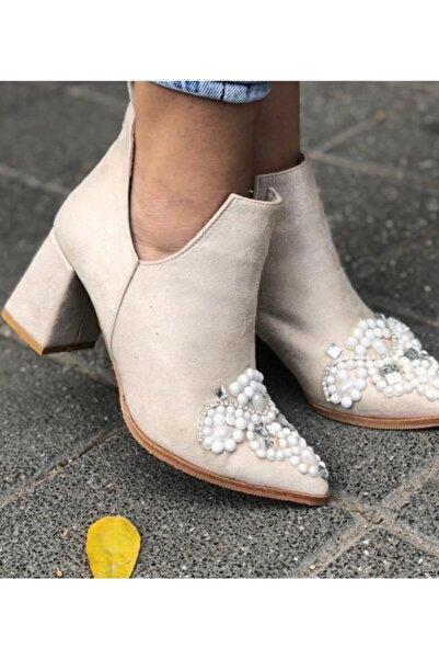 Afilli Kadın Ten Süet Taşlı Kalın Topuk Buti Bot Incili Sivri Burun Şık Günlük Ayakkabı