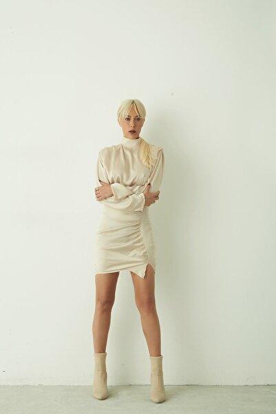 BY H Vatkalı Saten Elbise Bej