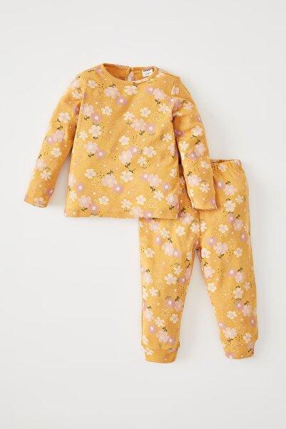 DeFacto Kız Bebek Çiçek Desenli Uzun Kollu Pijama Takımı W0772A221AU