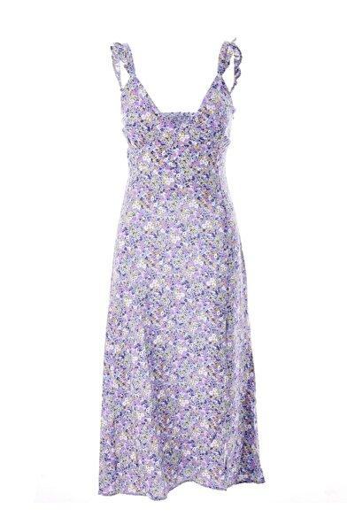 Quzu Sırt Dekolteli Askılı Yırtmaçlı Elbise Lila