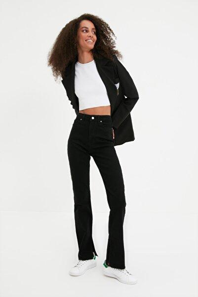 TRENDYOLMİLLA Siyah Yırtmaçlı Yüksek Bel Slim Flare Jeans TWOAW22JE0382