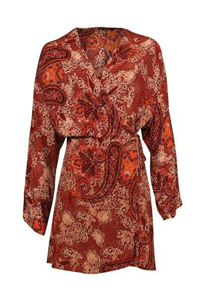 Quzu Desenli Anvelop Mini Elbise Kiremit