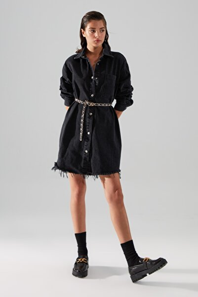 TRENDYOLMİLLA Siyah Oversize Denim Gömlek Elbise TWOAW22EL1005