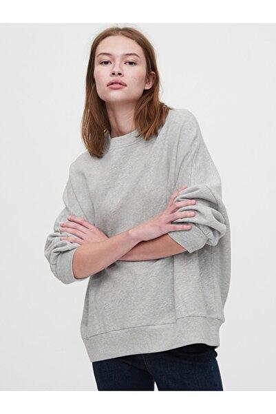 GAP Kadın Gri Oversize Düz Yaka Sweatshirt