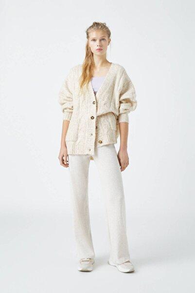 Pull & Bear Kadın Kum Rengi Loose Fit Fitilli Pantolon 04677301
