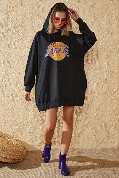 Sun Victoria Kadın Siyah Lakers Baskılı Oversize Sweatshirt
