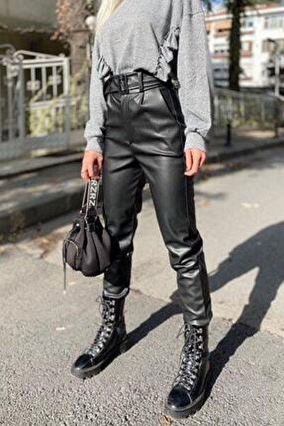 Kadın Siyah Yüksek Bel Kemerli Suni Deri Pantolon