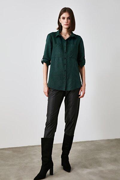 TRENDYOLMİLLA Yeşil Kazayağı Gömlek TWOAW21GO0855