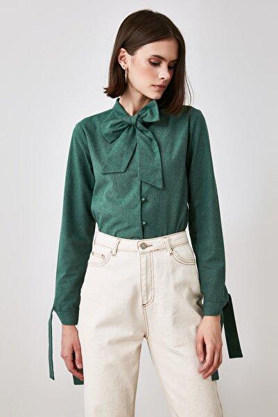 TRENDYOLMİLLA Yeşil Ekoseli Gömlek TWOAW21GO0787