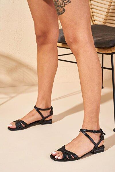 Louis Cardy Kadın Siyah Callo Hakiki Deri Sandalet