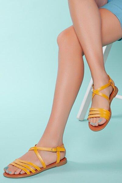 MUGGO Kadın Sarı Bantlı Sandalet