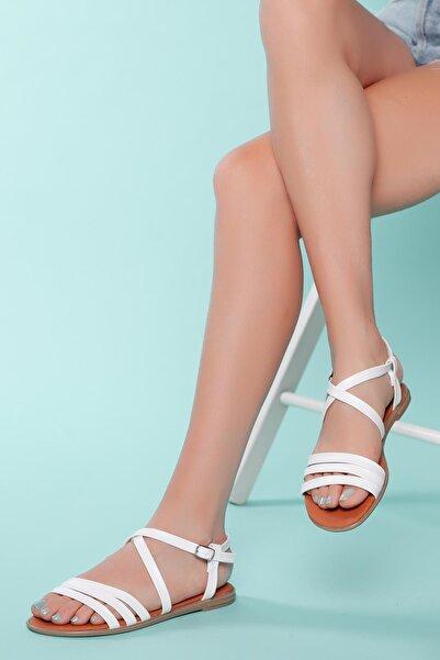 MUGGO Kadın Beyaz Bantlı Sandalet