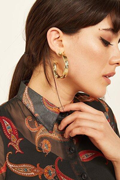 Lafaba Kadın Gold Yuvarlak Şekilli Metalik Yüzeyli Küpe