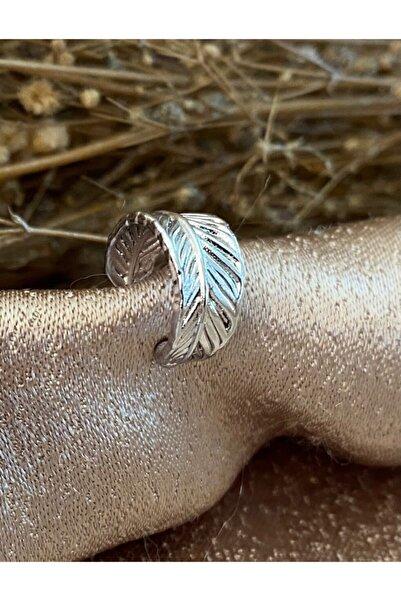 Markiz Takı Sıkıştırmalı Gümüş Renk Yaprak Kıkırdak Küpe