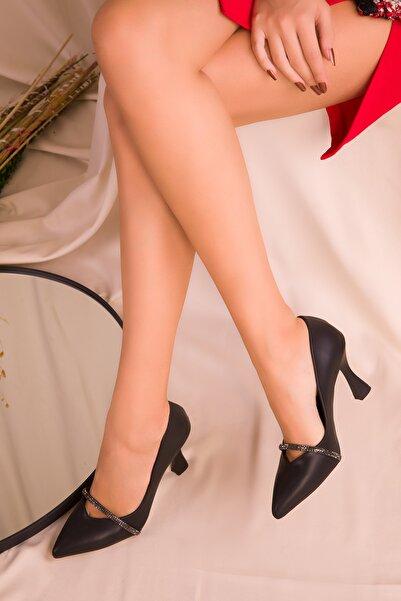Eformoda Siyah Kadın Klasik Topuklu Ayakabı
