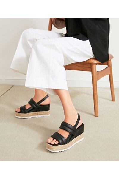 İpekyol Hasır Şeritli Topuklu Sandalet