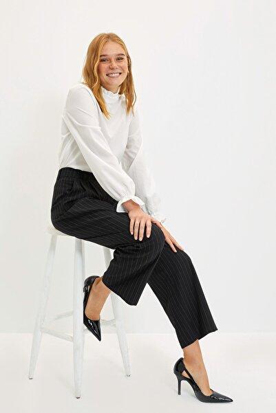 TRENDYOLMİLLA Siyah Bol Paça Pantolon TWOAW22PL0435