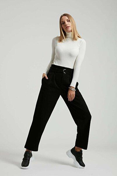 Batik Kadın Kemerli Düz Casual Pantolon