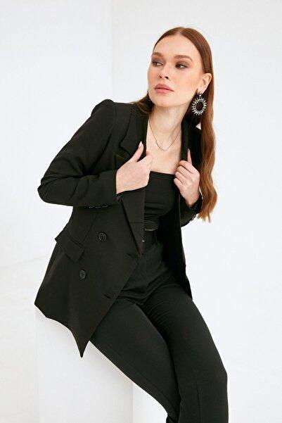 Fulla Moda Kadın Siyah Düğmeli Blazer Ceket