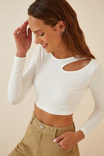Happiness İst. Kadın Beyaz Cut Out Detaylı Crop Örme Bluz PG00040