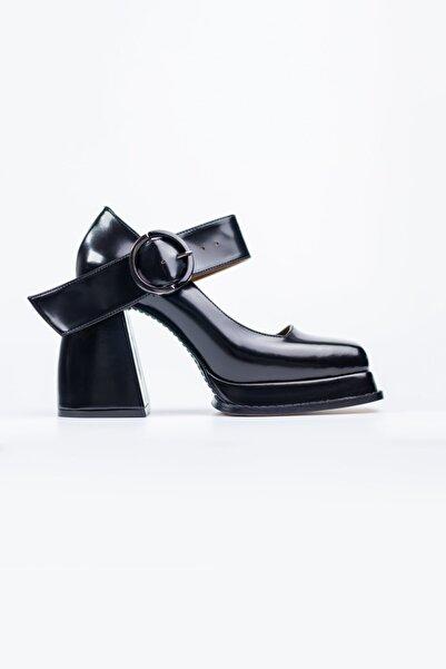 Nervia Kalın Topuklu Siyah Ayakkabı