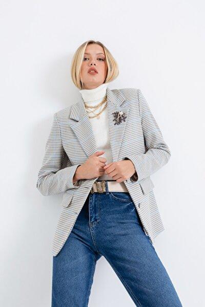 Lafaba Kadın Gri Iki Düğmeli Aksesuarlı Ceket