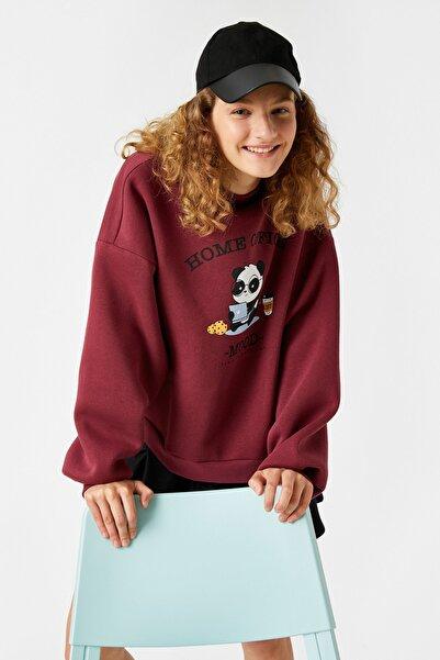 Koton Kadın Bordo Yarım Balıkçı Baskılı Oversize Sweatshirt