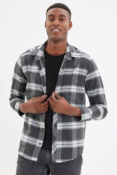 TRENDYOL MAN Antrasit Erkek Slim Fit Düğmeli Yaka Ekose Gömlek TMNAW21GO0611