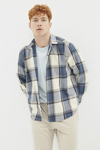 TRENDYOL MAN Lacivert Erkek Oduncu Regular Gömlek TMNAW21GO0730